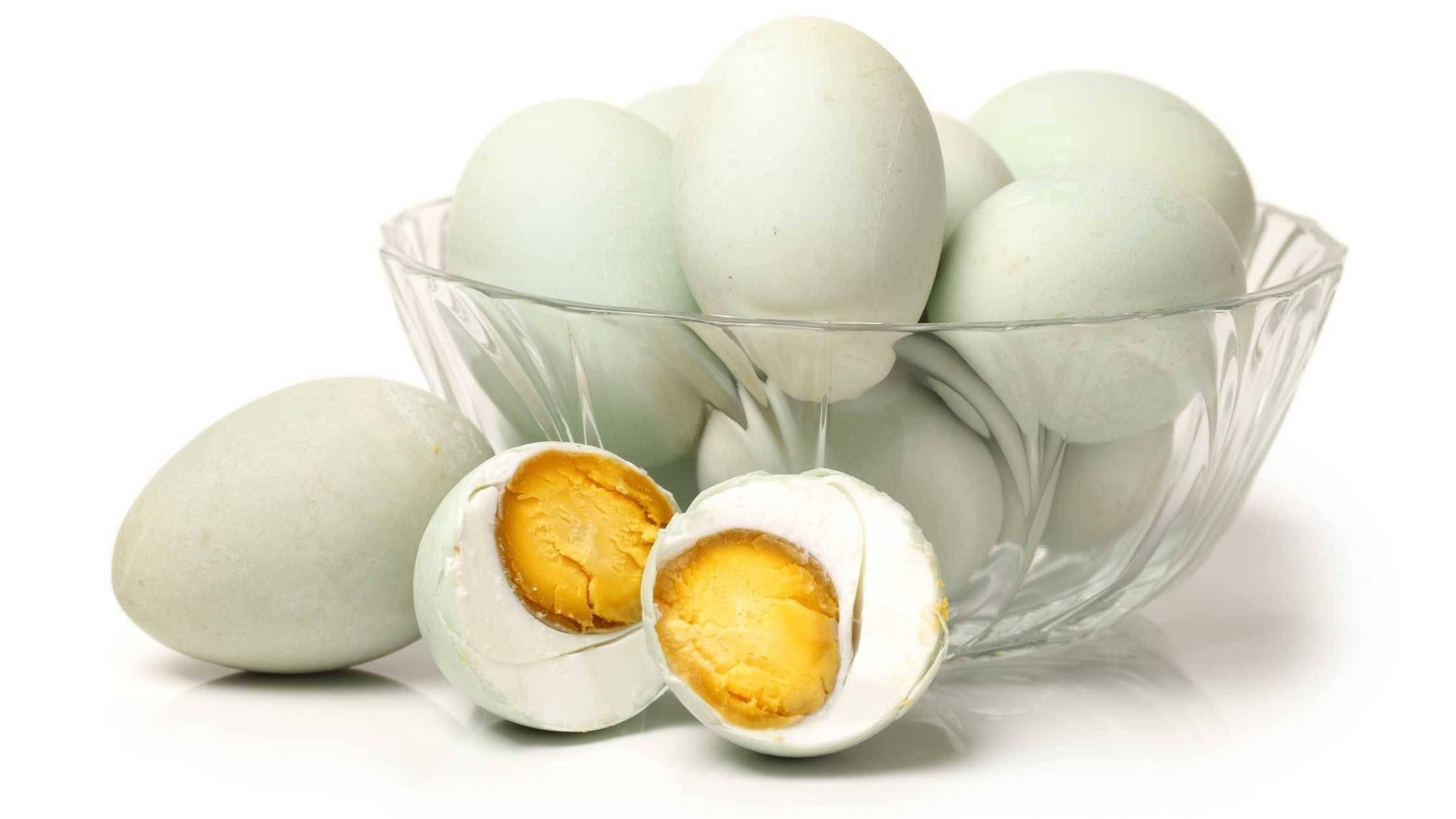 Telur asin untuk pepes
