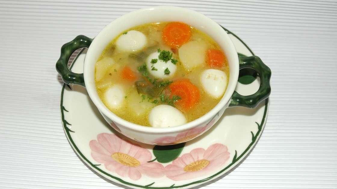 Sup wortel telur puyuh untuk balita